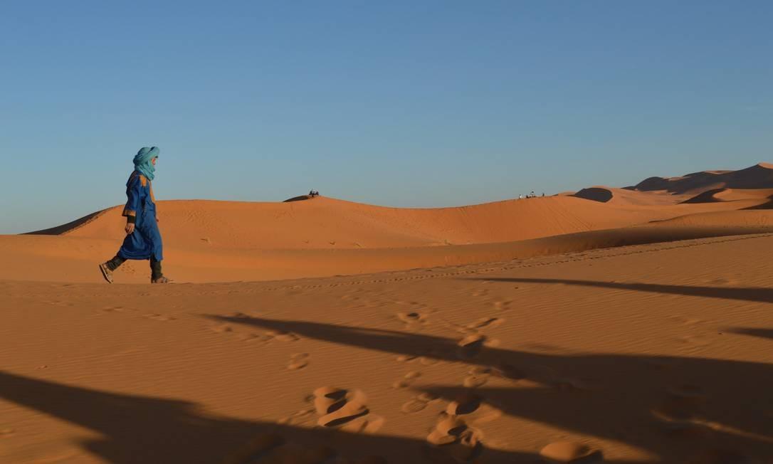Os berberes foram os primeiros habitantes do Saara. E ainda hoje vivem entre as dunas do maior deserto do mundo Foto: Silvia Amorim / Agência O Globo