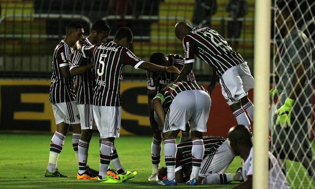 A comemoração de um dos gols do Fluminense Divulgação