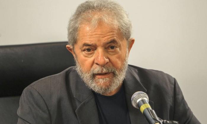 Em encontro no Rio, Lula diz que está sendo atacado