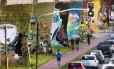 O Museu Aberto de Arte Urbana ( MAAU ), visto da estação Carandiru do metrô