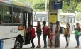 Aumentos nas tarifas de ônibus foram um dos itens que puxaram a inflação para cima