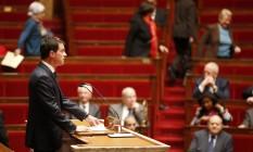 Em discurso no Parlamento, premier francês, Manuel Valls, defende reforma constitucional Foto: CHARLES PLATIAU / REUTERS