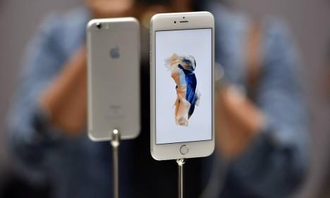 iPhones danificados valem crédito para a compra de um novo Foto: Josh Edelson / AFP