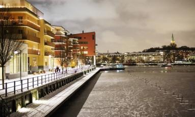 Hammarby Sjostad. Antigo distrito de Estocolmo passou por renovação, e se tornou símbolo de eficácia energética Foto: LINUS SUNDAHL-DJERF / NYT