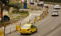 Novo retorno, perto da passarela, será aberto em breve Foto: Guilherme leporace / Agência O Globo