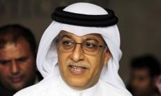 O xeque do Bahrein Salman bin Ibrahim al Khalifa tem agora o apoio dos africanos na tentativa de se tornar presidente da Fifa Foto: Hasan Jamali / AP