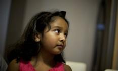 A jovem hindu Eva Panicker teve acesso negado ao sistema escolar irlandês até ser aceita em um grande colégio católico Foto: PAULO NUNES DOS SANTOS / NYT