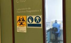 Laboratório da Fiocruz, que produz kits de testes rápidos: ministério espera distribuí-los em dois meses Foto: Divulgação/Fiocruz