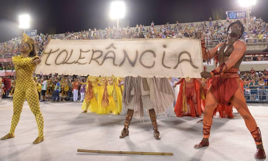 Comissão de frente clama por mais tolerância Diego Mendes