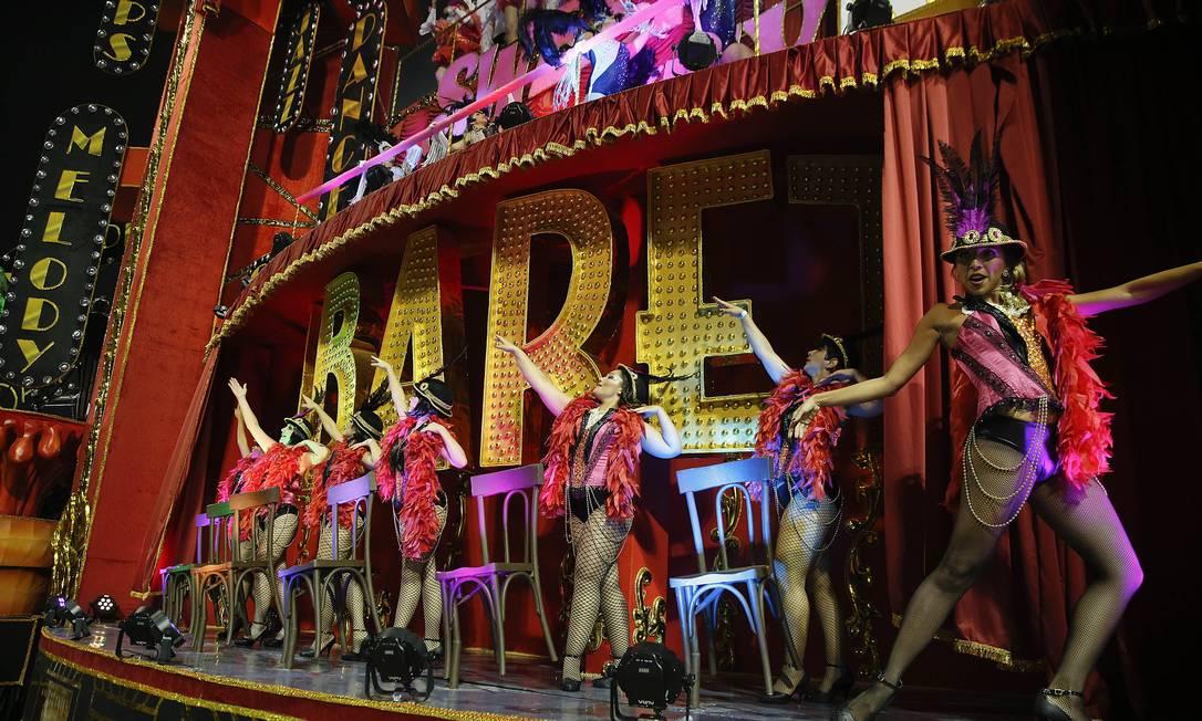 O teatro e dança estiveram representados no desfile Andre Penner / AP