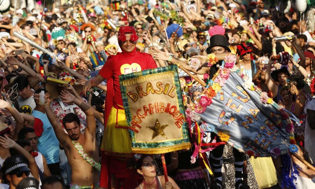 O desfile teve até coreografia Ana Branco / Agência O Globo