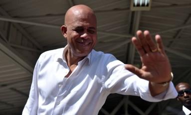 Michel Martelli: em busca de acordo para tirar país de crise constitucional Foto: HECTOR RETAMAL/AFP