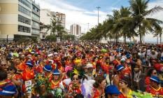 A tradicional Banda de Ipanema desfila pelas ruas do bairro da zona sul carioca, na tarde deste sabado Foto: Daniel Marenco / Agência O Globo