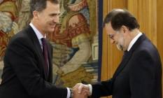 Felipe recebe Rajoy: recusa do presidente do Governo surpreendeu o rei, que enfrenta um cenário com mais partidos do que na época de seu pai Foto: Paco Campos/AP/2-2-2016