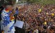 Antigos sucessos. Sidney Magal comanda uma multidão na Vila Mariana
