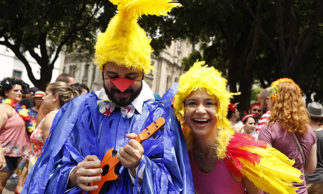 Os passarinhos do Castelo Rá-tim-bum também marcam presença Ana Branco / Agência O Globo