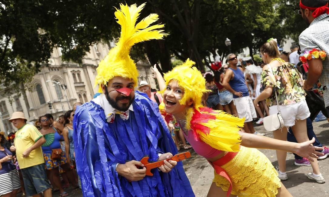 As fantasias elaboradas são a marca registrada do bloco, que arrasta multidões para o Centro todos os anos Ana Branco / Agência O Globo