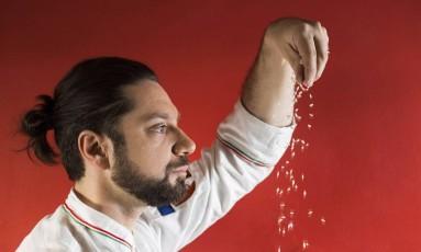 """""""Fiquei doido ao descobrir que brasileiro comia nhoque e lasanha, que se acha em qualquer canto"""", comenta chef Foto: Ana Branco / Agência O Globo"""