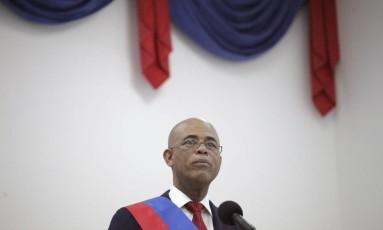 Martelly faz discurso de despedida antes de entregar o poder a conselho de transição Foto: ANDRES MARTINEZ CASARES / REUTERS