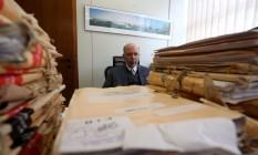O juiz Eduardo Oberg foi informado sobre três casos de presos com zika em Japeri Foto: Custódio Coimbra / Agência O Globo
