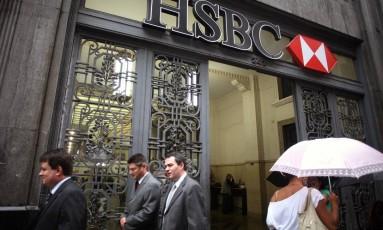 Fachada de agência do HSBC. Institução está entre as que registraram perdas Foto: ANDREW HARRER / BLOOMBERG NEWS