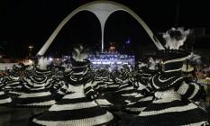 As baianas da Portela com fantasias que surpreenderam Foto: Gabriel de Paiva / O Globo