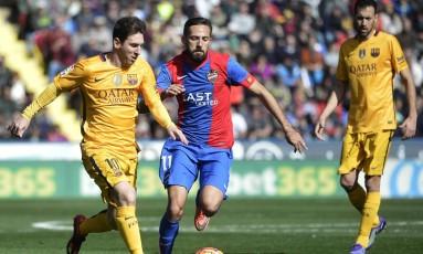 Lionel Messi passou por uma cirurgia para a retirada de pedras nos rins Foto: JOSE JORDAN / AFP