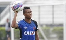 O lateral-direito Madson se firmou no time do Vasco mesmo depois da contratação de Yago Pikachu Foto: Divulgação/Vasco