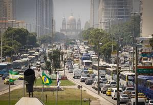 Engarrafamento na Avenida Presidente Vargas Foto: Pablo Jacob / Agência O Globo