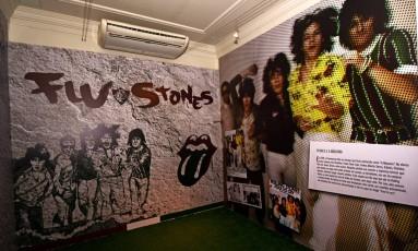 Exposição nas Laranjeiras mostra relação do Fluminense com Rolling Stones. Os ingleses já lançaram até album vestindo Foto: Mailson Santana/Fluminense