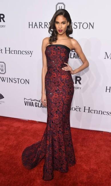 O look da modelo Cindy Bruna Michael loccisano / AFP