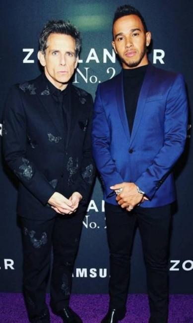 """Aqui, ele posa ao lado de Derek Zoolander, personagem de Ben Stiller em """"Zoolander"""". Ele é mesmo um fashionista de mão cheia Reprodução/ Instagram"""