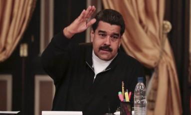 Nicolas Maduro participa de reunião com governadores e ministros no Palácio Miraflores, em Caracas Foto: HANDOUT / REUTERS