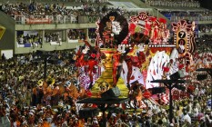Desfile do Salgueiro na segunda-feira, dia 8. Foto: Hermes de Paula / Agência O Globo