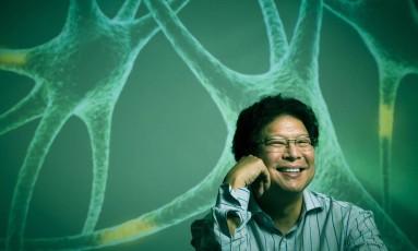 """""""As pessoas não podem pegar uma amostra de DNA do sangue, examiná-la e achar que vão ter uma doença neurológica específica"""", revela neurocientista Foto: Leo Martins / Agência O Globo"""