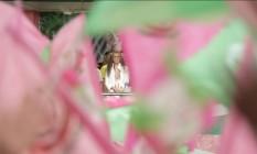 """Cena do documentário de Marcio Debelian sobre o carnaval da Mangueira com o enredo """"Maria Bethânia: A menina dos olhos de Oyá"""" Foto: Divulgação"""