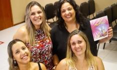 Da esquerda para direita: Simone, Isabele, Luciana e Verônica, unidas pela informação Foto: Barbara Lopes / Agência O Globo