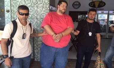 Flagrante aconteceu na manhã de sábado no restaurante no Recreio dos Bandeirantes Foto: Divulgação