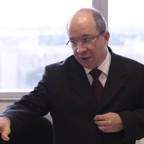 José Roberto Ferreira, diretor da Previc, quer endurecer regras para dirigentes de fundos de pensão Foto: Jorge William / Agência O Globo