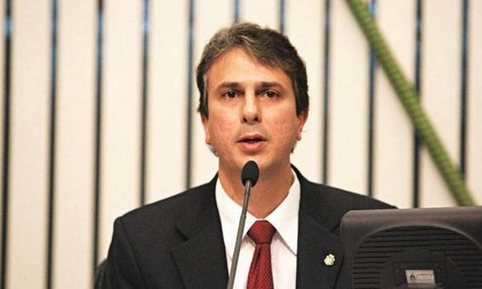 Resultado de imagem para governador do Estado do Ceará, Camilo Santana