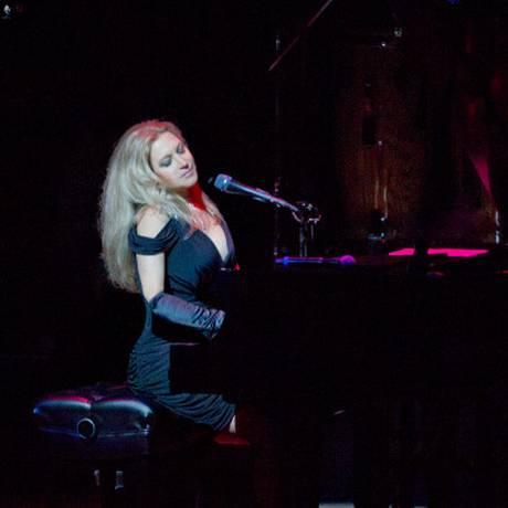 Pianista Eliane Elias durante show no ano passado Foto: Divulgação