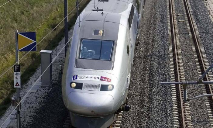 Trem bala francês que pode chegar a 575 Km/h Foto: Fabbro Levêque Recoura / Reuters