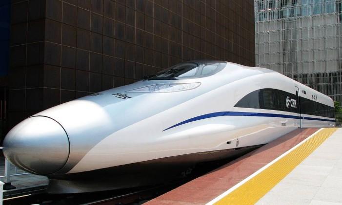 Trem rápido Chinês pode chegar a 186 km/h Foto: Reprodução internet