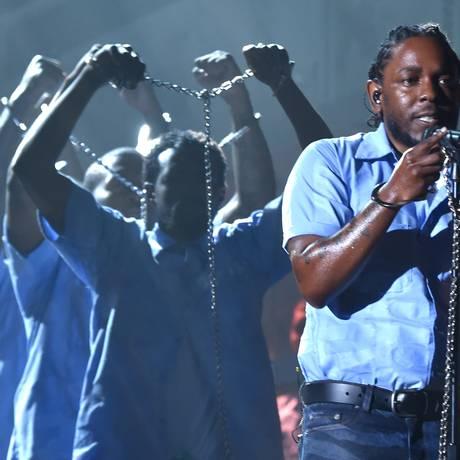 Apresentação de Kendrick Lamar no Grammy 2016 Foto: LARRY BUSACCA / AFP