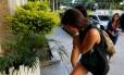 Estudante chilena Izidora Ribas Carmona levou uma facada no pescoço durante um assalto na Praça Paris