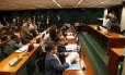 Sessão no Conselho de Ética: relator Marcos Rogério (PDT-RO) lê seu relatório