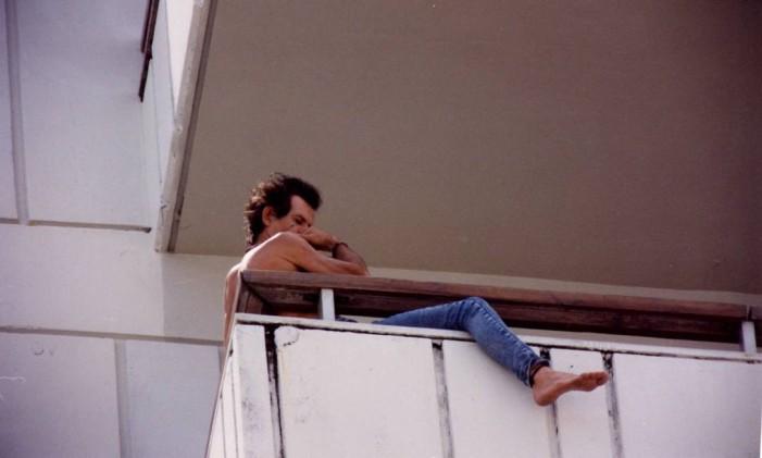 Keith Richards na sacada do Copacabana Palace, em 1995 Foto: Arquivo O Globo