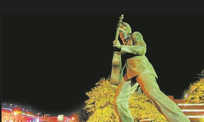 Elvis Foto: Vasha Hunt/Memphis Convention & Visitors/Divulgação