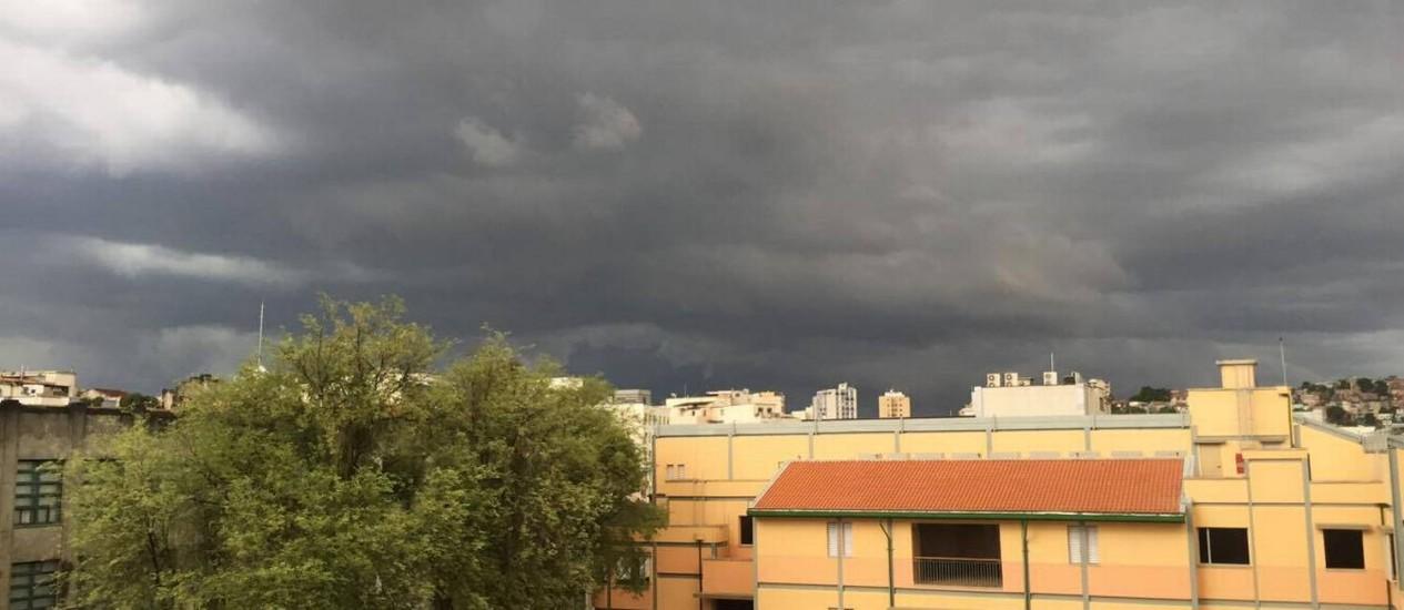 Chegada de temporal na Zona Sul Foto: Luiz Pereira/Divulgação