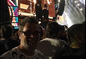 Roger diante do palco dos Stones Foto: Reprodução